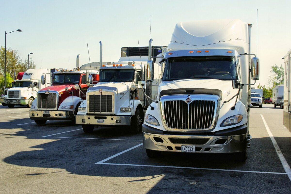 Una fuente reveló que se ha registrado un alza en la importación de camiones usados que se atribuye a la facilidad para ejecutar la evasión y lo que representa ahorros sustanciales para los importadores.